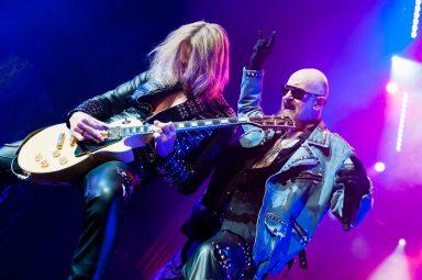Rob Halford and Glenn Tipton on stage, Judas Priest