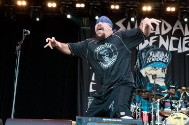 Mike Muir on stage at Heavy MTL with Suicidal Tendencies